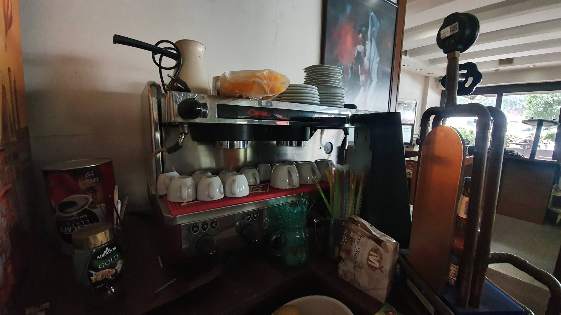 35 EMLAK'TAN İNÖNÜ CD ÜZERİNDE RUHSATLI EKİPMANLI SATILIK CAFE